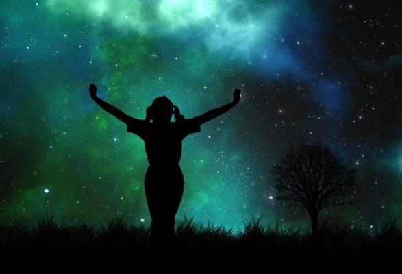 universe-1044106_1920-e1587915248200.jpg